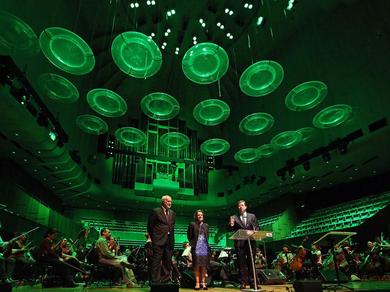 8.Opera House bold beautiful and green