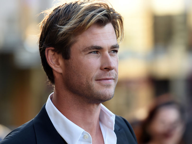13-Chris Hemsworth supports equal pay