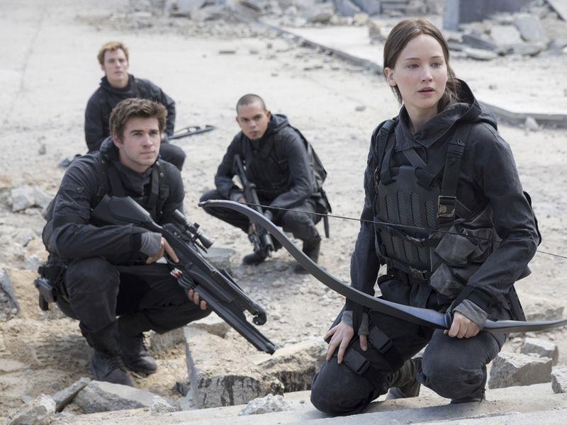18_Hunger Games knocks James Bond from top