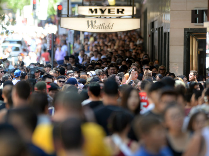 07_Australian shoppers are more jolly going into Christmas