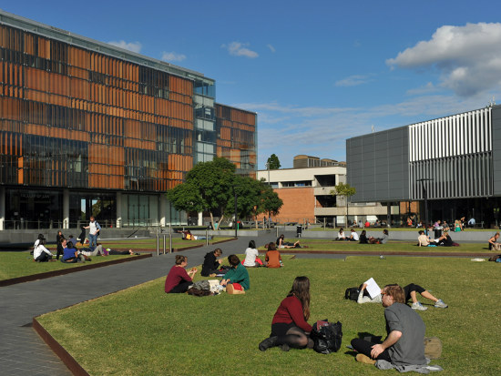 11_Pick the right uni course_ students told