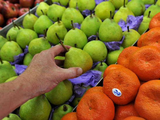 05_Cheaper fuel_ fruit to dampen inflation